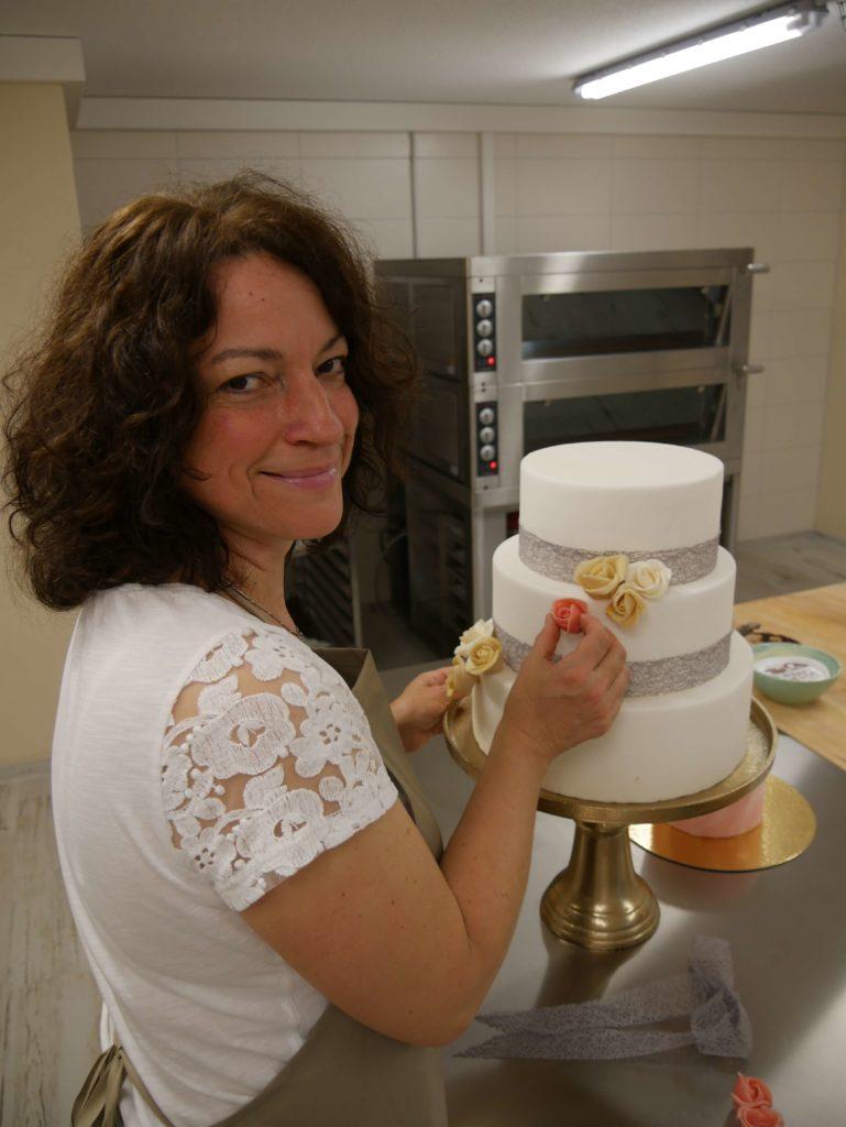 Ilona mit Torte